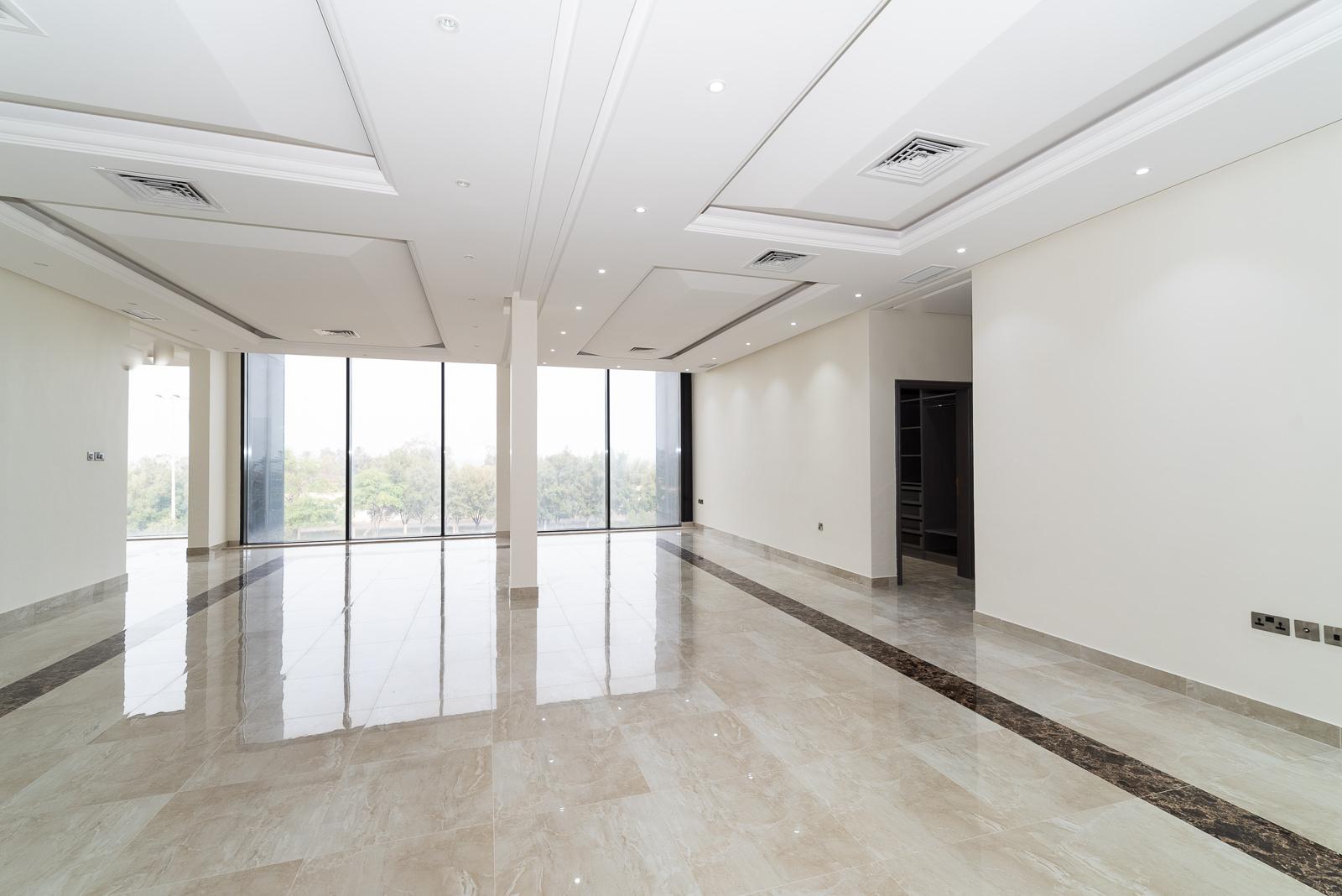 Salwa – great, new, four bedroom floors