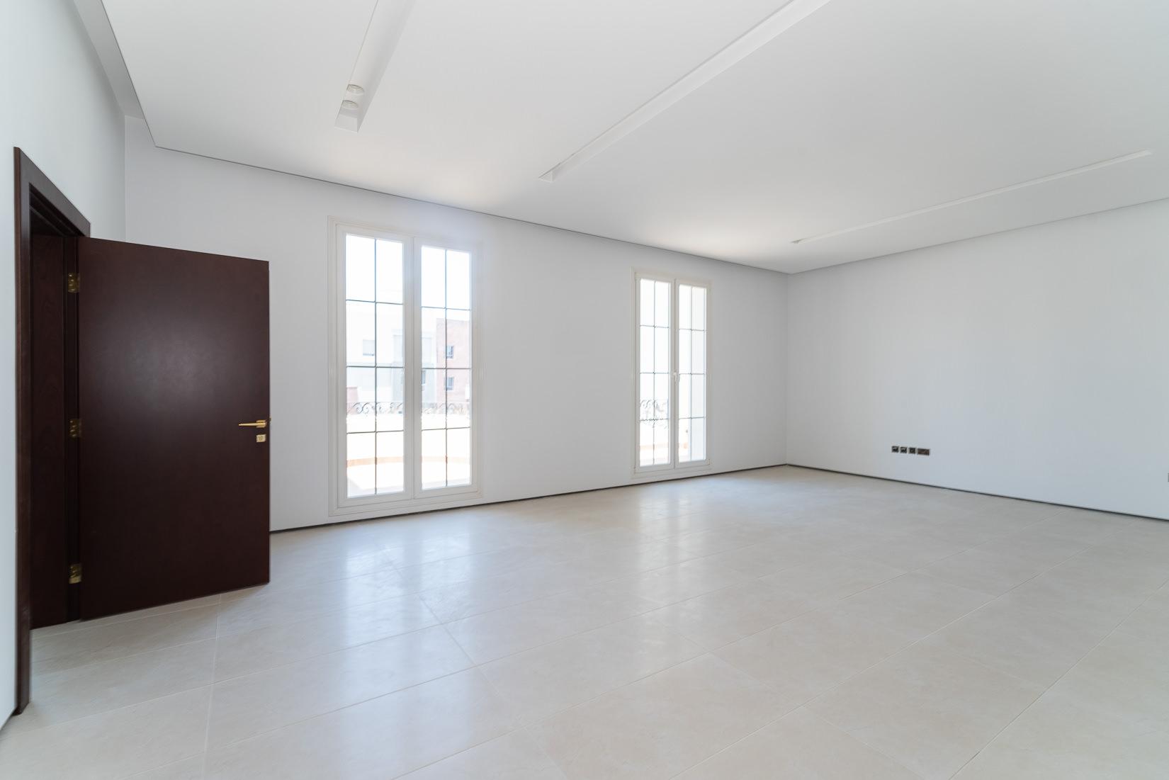 Khaldiya – beautiful, spacious, five bedroom floor