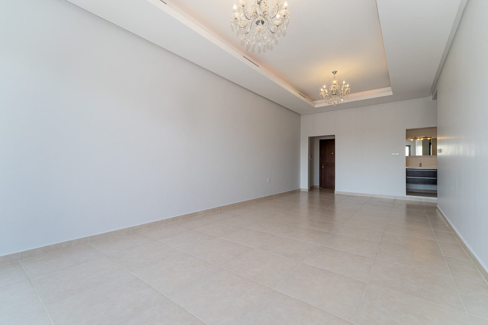 Salwa – lovely, unfurnished three bedroom apartment w/balcony