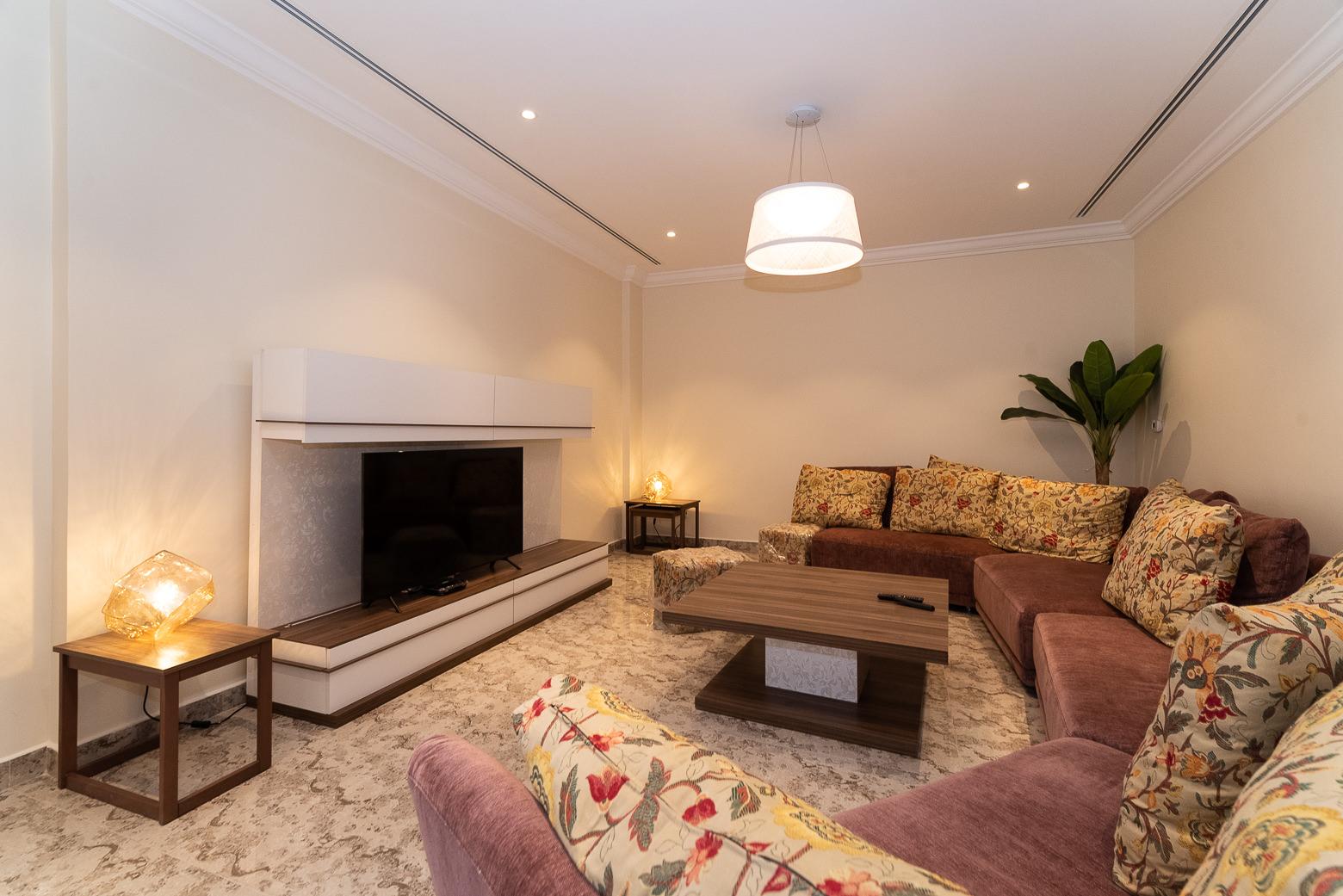 Surra – new, spacious apartments w/pool