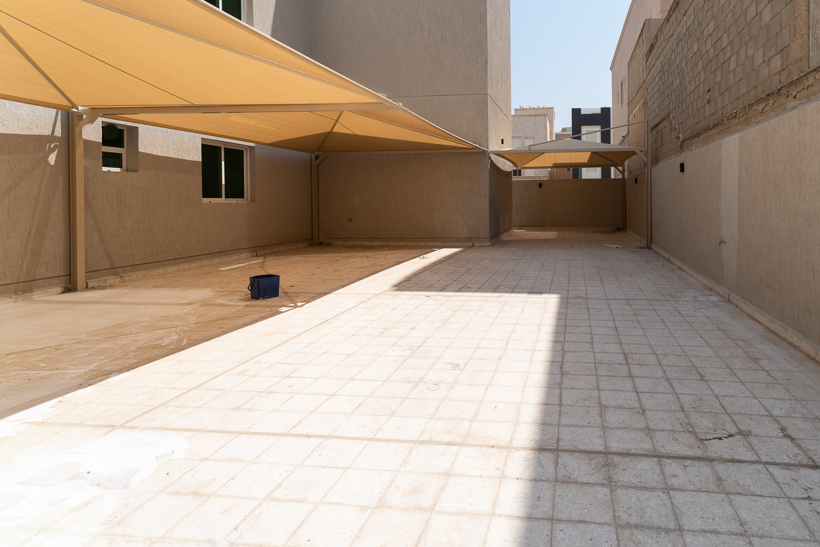 Egaila – lovely, spacious, four bedroom ground floor w/yard