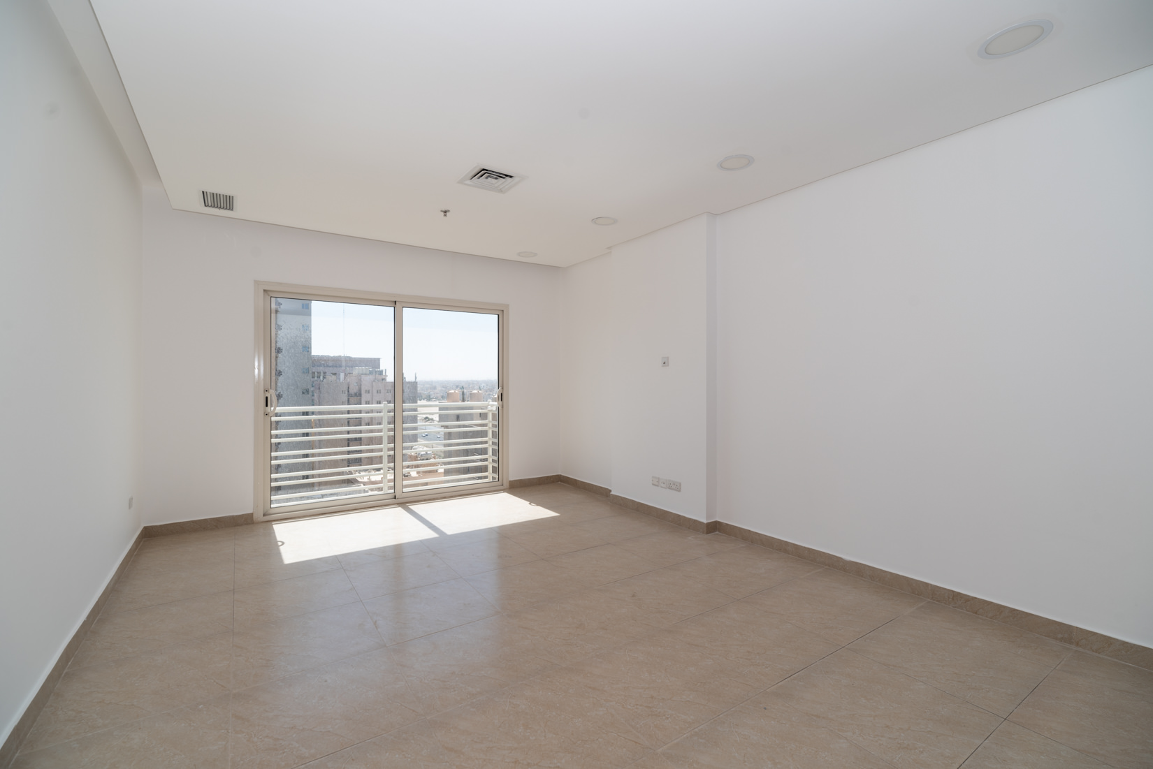 Mahboula – unfurnished, three bedroom apartment