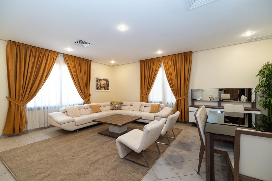 Sawla – spacious, furnished three bedroom apartment w/pool