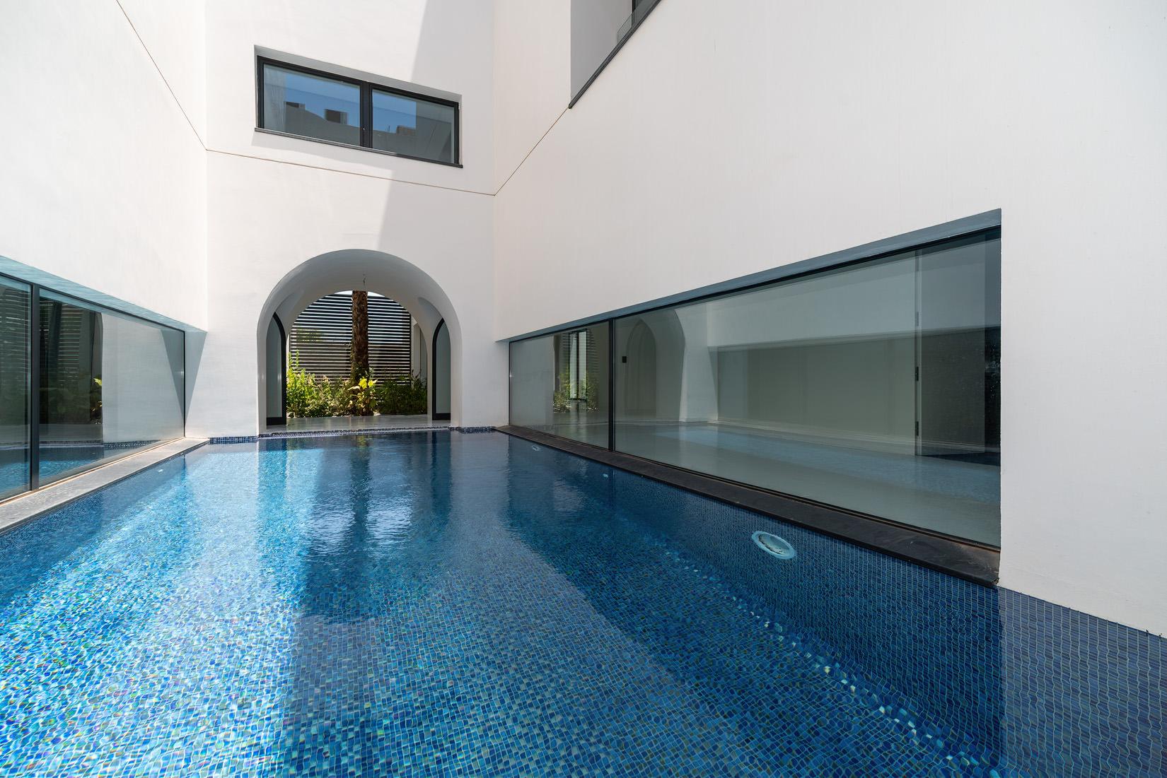 Bida – brand new, superb, executive villa