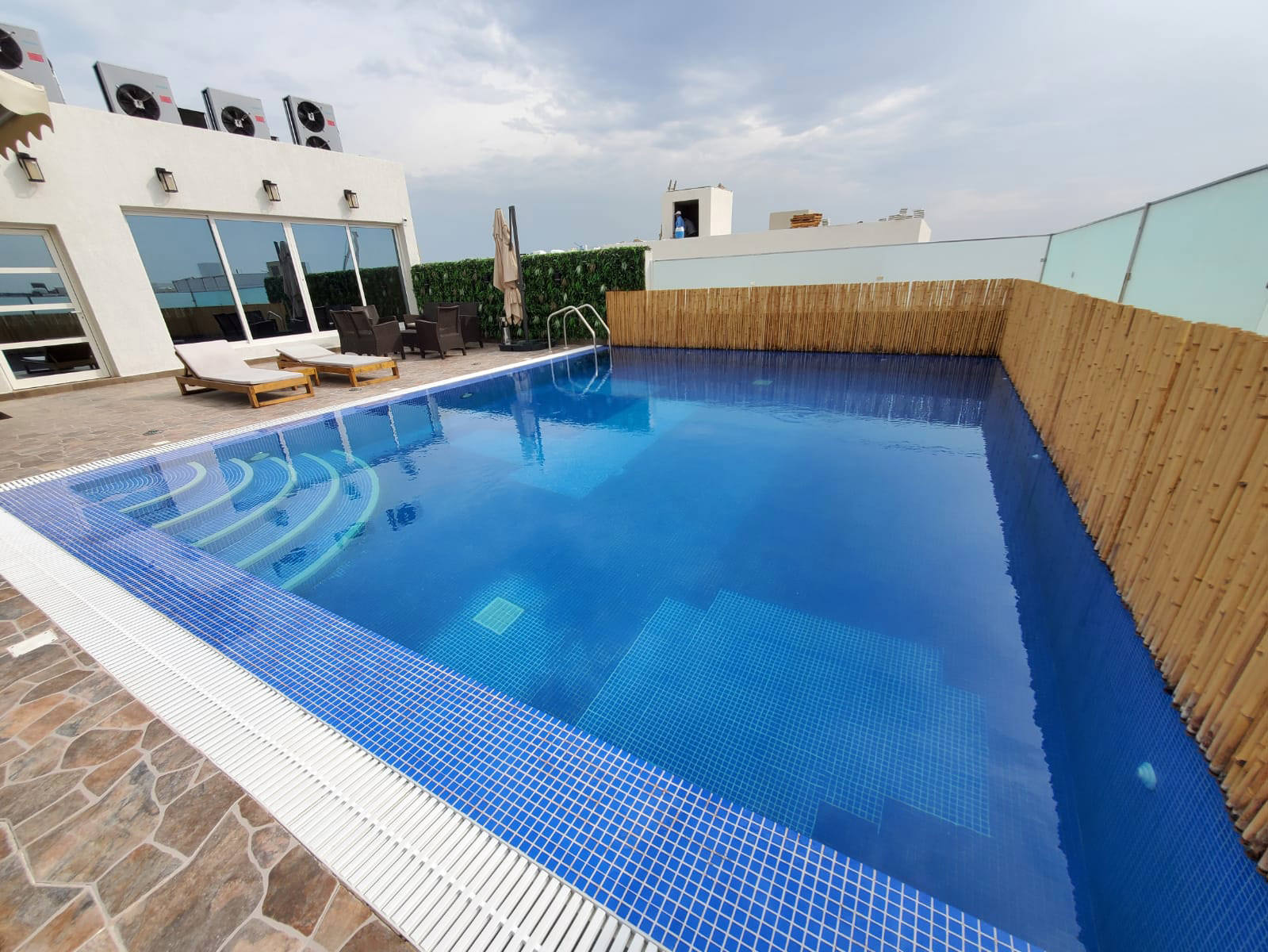 Masayel – great, new, furnished one bedroom apartments w/pool