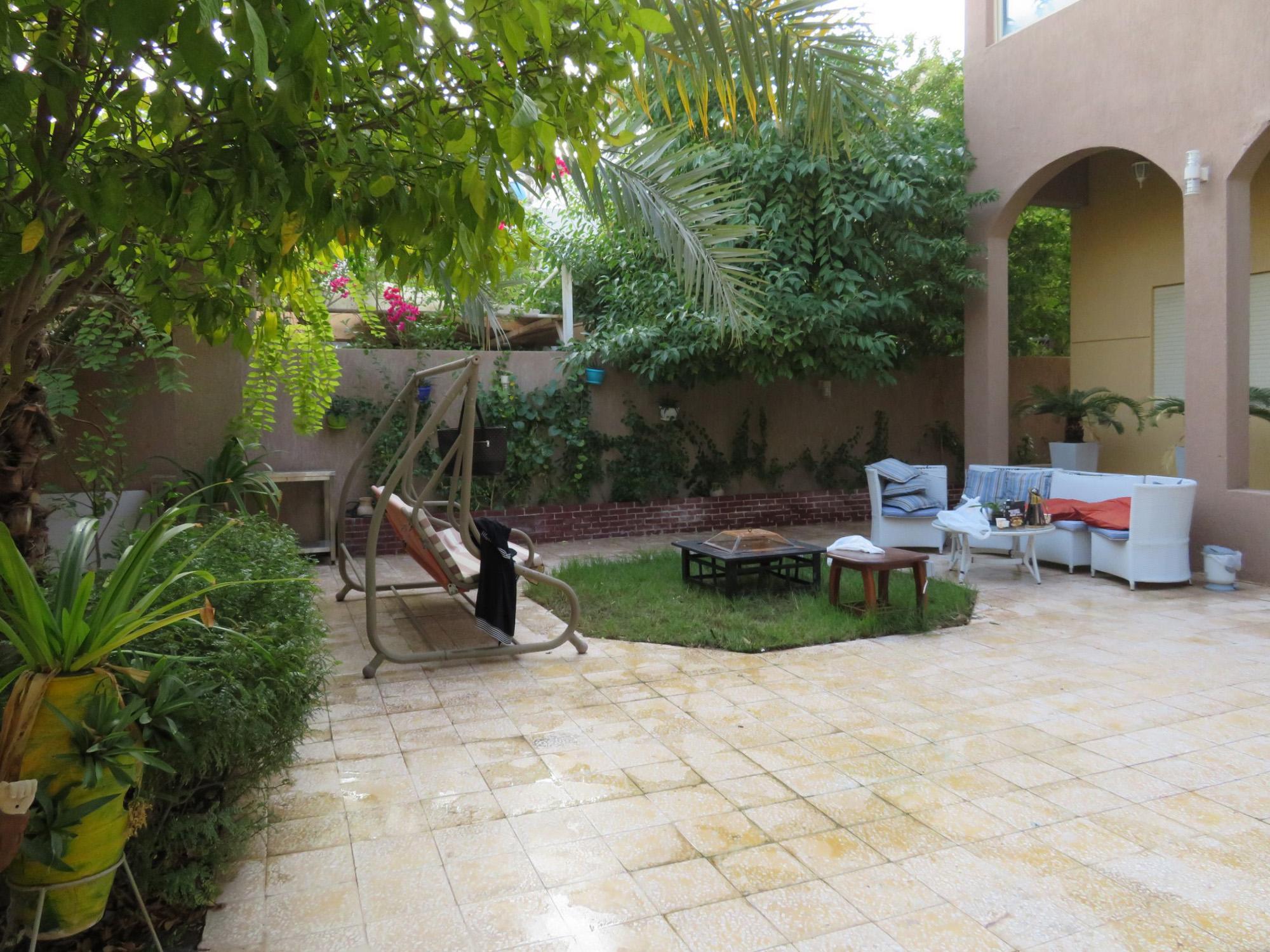 Khiran – furnished, six bedroom villa w/diwaniya and indoor pool